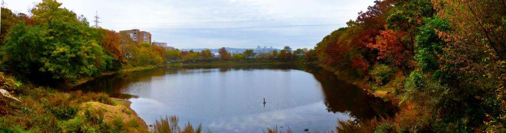 Панорама онлайн - Нереальное озеро.