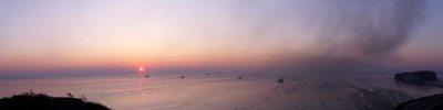 """Панорама г.Владивостока   """"Рассвет над бухтой Тихая """""""